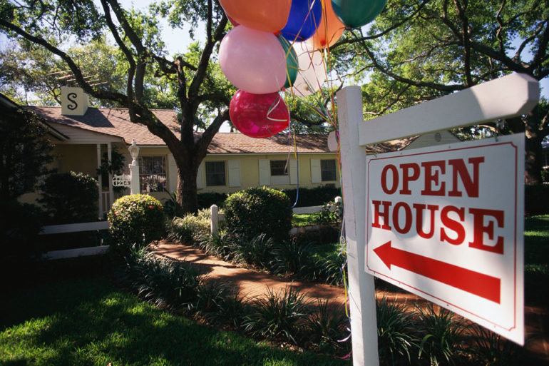 Essential handouts for your next open house